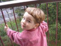 Счастливые случаи выпадения детей из окна